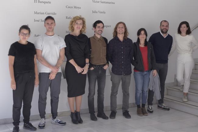 Foto de familia. Cortesía de CAM   Ir al evento: 'XXVIII edición Circuitos de Artes Plásticas'. Exposición en Sala de Arte Joven de la Comunidad de Madrid / Madrid, España