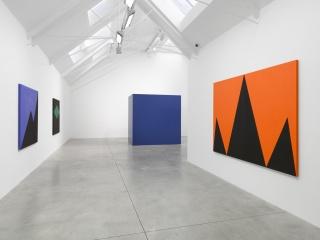 Carmen Herrera, Installation View. Lisson Gallery London – Cortesía de Lisson Gallery