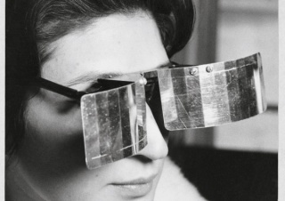 Julio Le Parc, Martha Le Parc with Lunettes pour une vision autre (Glasses for Another Vision), 1965 Photo: © Julio Le Parc / Atelier Le Parc