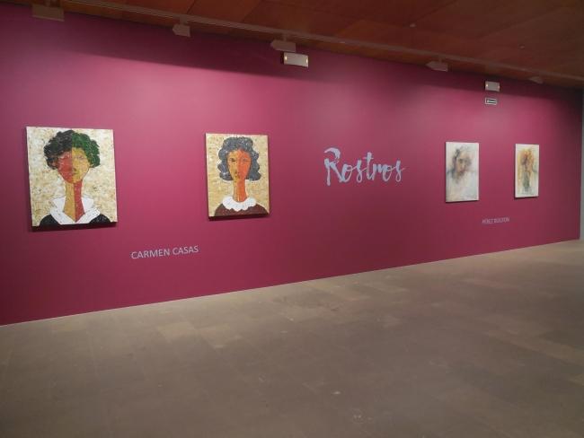 """Vista de la exposición """"Rostros"""" – Cortesía del Museo Gustavo de Maeztu"""