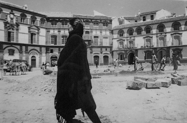 © Ramón Masats. Jicena, 1959 – Cortesía de la Galería Blanca Berlín | Ir al evento: 'Constelaciones AFAL'. Exposición de Fotografía en Blanca Berlín Galería / Madrid, España