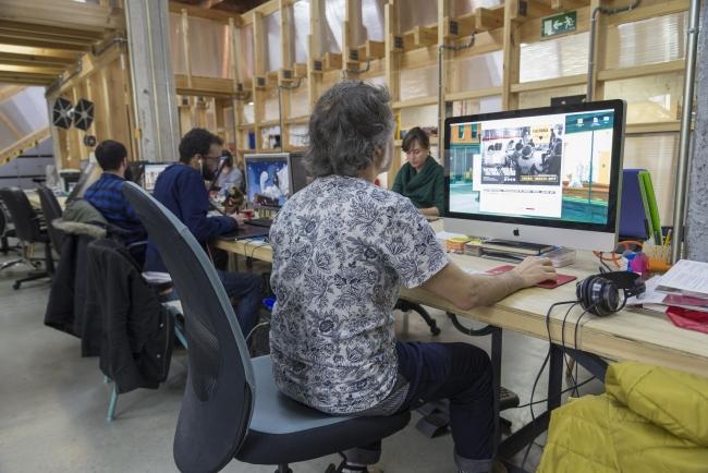 Espacio de trabajo en Factoría Cultural / Vivero de Industrias Creativas – Cortesía de Factoría Cultural / Vivero de Industrias Creativas