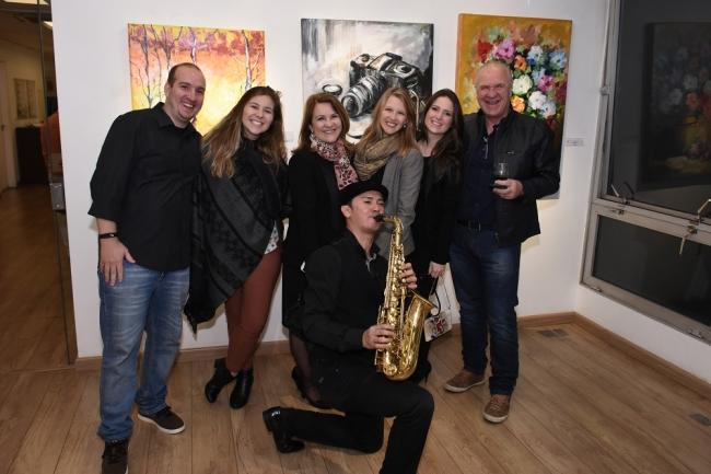 Ao som do Sax | Ir al evento: 'Conexões'. Exposición de Pintura en Espacio Uruguay / São Paulo, Sao Paulo, Brasil