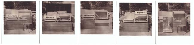 Iván Candeo, Monarqui?a Dictadura Democracia y Repu?blica — Cortesía de la Galería Carmen Araujo Arte