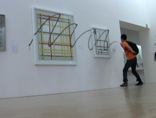 Iván Argote Retouch (2008) Video, 12'   Courtesy of Galeria Vermelho, São Paulo