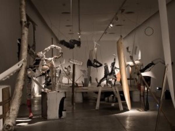 Diego Bianchi, Ejercicios espirituales (Spiritual Exercises), 2010. Installation, sculpture, performance. Centro Cultural Recoleta, Buenos Aires