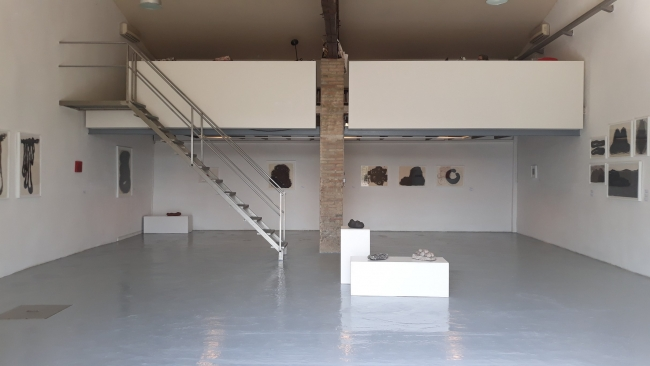 Vista de la exposición de Rosa Amorós en Palmadotze