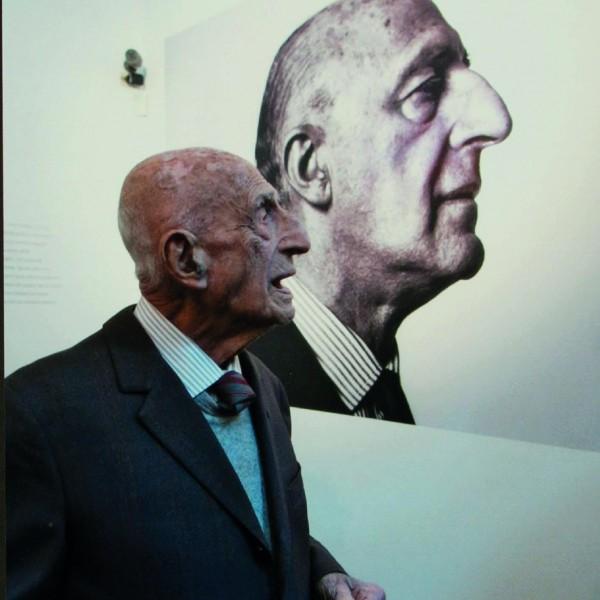 Gillo retrato