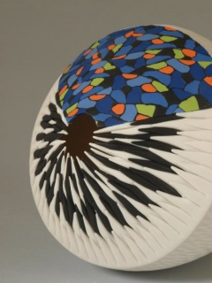 Martha Pachón Rodríguez, Full Color Sea Urchin Series, porcelaine et pigments