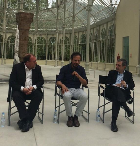 Joâo Fernandes, Damián Ortega y Manuel Borja-Villel en la presentación del proyecto | El Reina Sofía abre las puertas de Hispanoamérica a Damián Ortega
