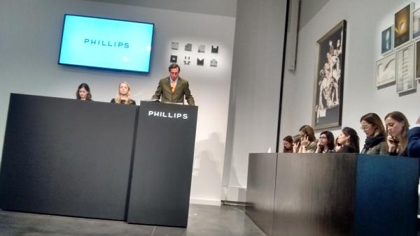 Imagen de la última subasta de Arte Latinoamericano en Phillips Nueva York