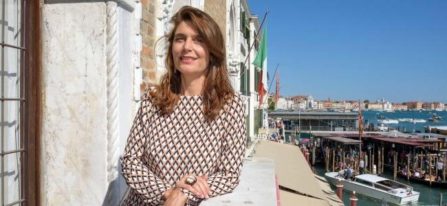 Christine Macel, directora artística de la 57ª Bienal de Venecia | Artistas iberoamericanos en Venecia: un colectivo bien avalado