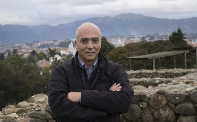 Jesús Fuenmayor, curador general de la XIV Bienal de Cuenca | La curaduría de la XIV Bienal de Cuenca estará en manos del venezolano Jesús Fuenmayor