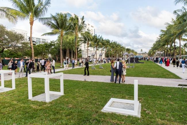 Imagen de Art Basel Miami Beach 2016. Cortesía de Art Basel | Preview pormenorizada del mejor Arte Iberoamericano en Art Basel Miami Beach 2017