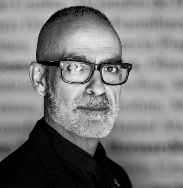 Jesús Micó   Jesús Micó presenta un cierto panorama de la fotografía de autor en España