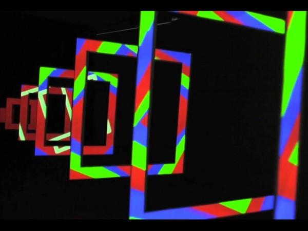 \'Enigmática\' ( 2010) Kit Webster (colectivo) | A la espera del like: vivir la era post-internet