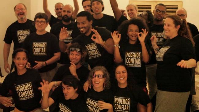Miembros de la organización de la #00Bienal de La Habana. Fotografía extraída su cuenta de Facebook | La #00Bienal de La Habana o Bienal Alternativa ya no tiene freno