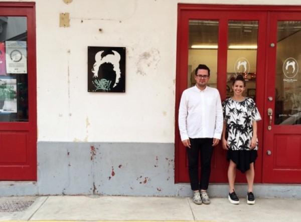 Johann Wolfschoon y Analida Galindo fuera del espacio. Cortesía de DiabloRosso   DiabloRosso: diez años desde Panamá al mundo con partners de primer nivel