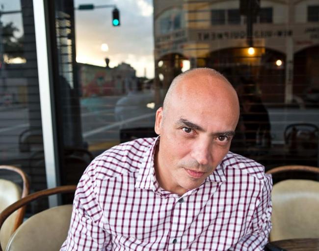 Jesús Fuenmayor - Foto Lisbeth Salas - Cortesía Benshimolarte | Entrevista a Jesús Fuenmayor: La importancia de un curador independiente