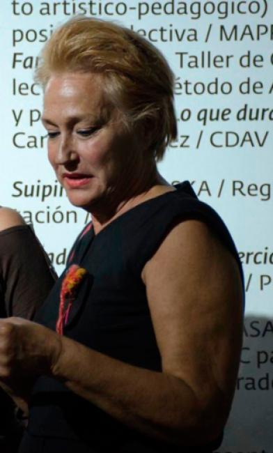 Concha Fontenla en la entrega del Premio Nacional de Curadoria de Cuba 2017. Cortesía de Factoría Habana