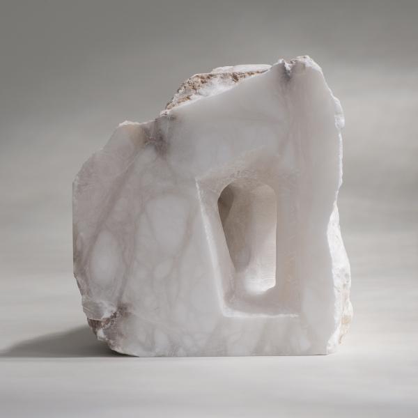 Encuentro - Alabastro - 32 x 19 x 24 cm