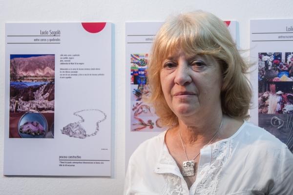 Expo Latinoamérca en el C. C. Rojas - Panel de Expositores | Ir a la ficha del Artista 'Lucía Sagalá'