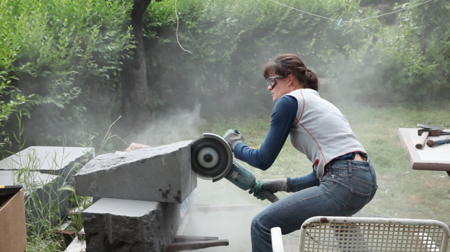 Proceso de trabajo sobre la serie de esculturas de granito negro - 2018