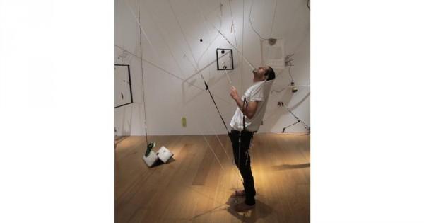 Suspensión de la incredulidad, 2015. Instalación performativa. Experiencia Infinita. Malba, Fundación Costantini. Cortesía Galería Barro