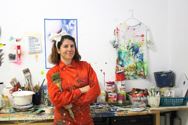 Ana Beltrá en su estudio | Ir a la ficha del Artista 'Ana Beltrá Álvarez'